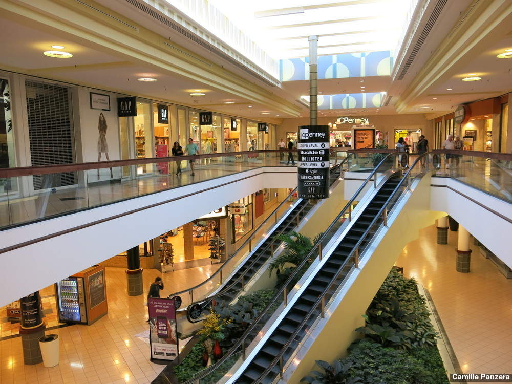 Altamonte Mall is a super-regional shopping mall located in Altamonte Springs, Florida, United States, a suburb of Orlando. Mall anchors include Dillard's, JCPenney, Macy's, and .
